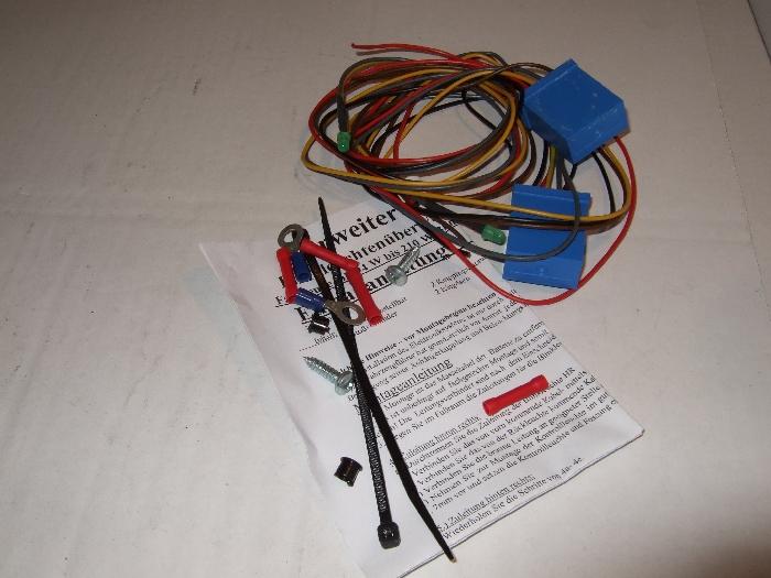 Blinkerrelais / Blinkgeber, 12V, C2-Kontrolle elektronisch US doppelt