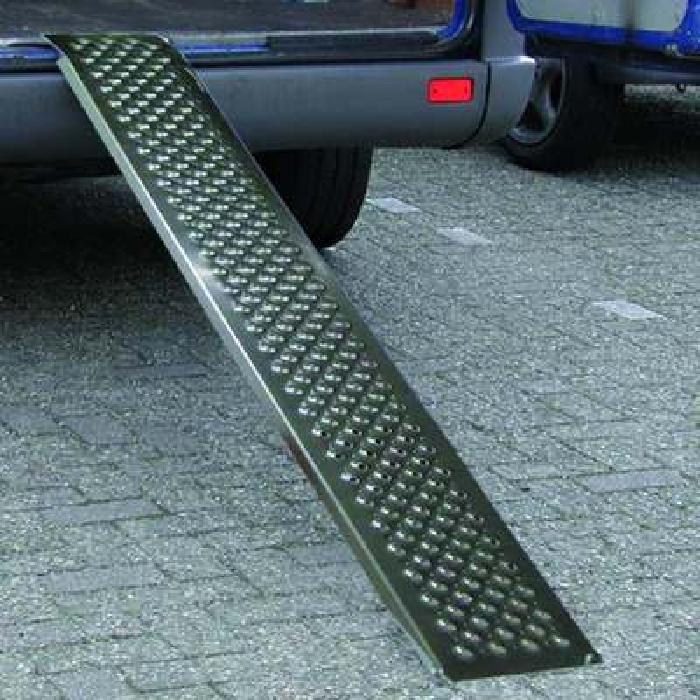 Auffahrrampe, Auffahrschiene Aluminium 200x21cm 200kg pro Stück (60er Pack)