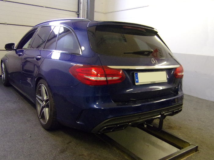 Anhängerkupplung Mercedes-AMG-AMG C63 Limousine W205 Ausführung C63 (nur für Heckträgerbetrieb), Baureihe 2015-2018 Ausf.:  vertikal