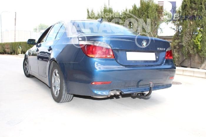 Anhängerkupplung für BMW-5er Limousine E60, spez. M- Paket, Baureihe 2007-  feststehend