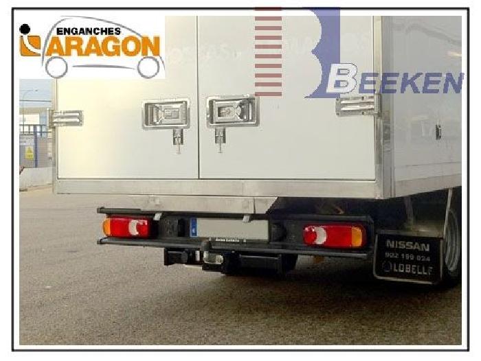 Anhängerkupplung Nissan-Cabstar F24, Baureihe 2007-2013 Ausf.:  feststehend