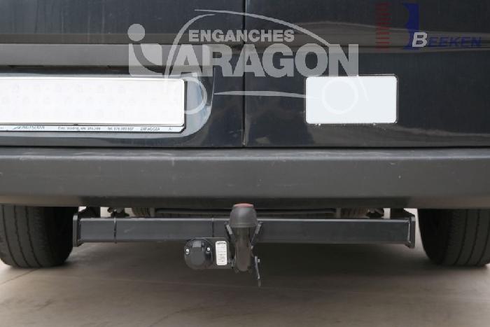 Anhängerkupplung für VW-Crafter I 46, Kasten, Radstd. 3665mm, Fzg. ohne Trittbrettst., Baureihe 2006-2017  feststehend