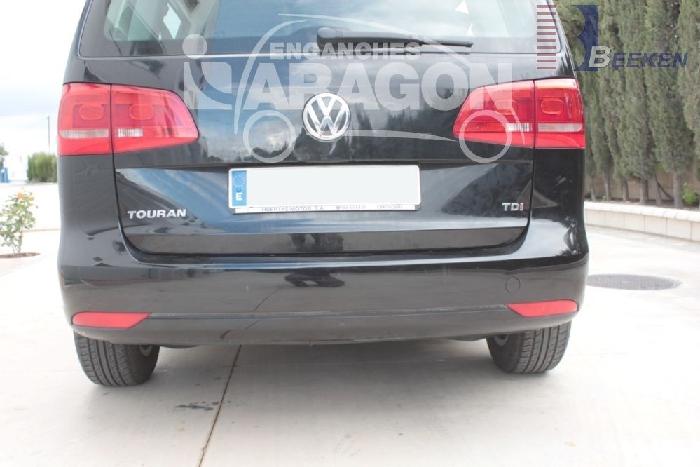 Anhängerkupplung VW-Touran Van, spez. 7 Sitzer m. Erdgas(Ecofuel), Baureihe 2010-2015 Ausf.:  vertikal