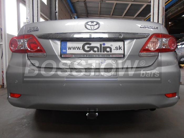 Anhängerkupplung für Toyota-Corolla (E15) Stufenheck, Baureihe 2007-  horizontal