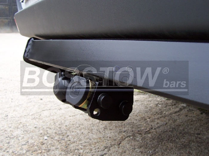 Anhängerkupplung VW-Crafter 30-35, Kasten, Radstd. 3665mm, Fzg. ohne Trittbrettst., Baureihe 2006-2017 Ausf.:  horizontal