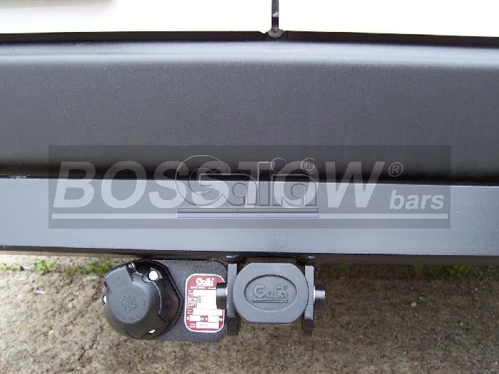 Anhängerkupplung für VW-Crafter I 30-35, Kasten, Radstd. 3665mm, Fzg. ohne Trittbrettst., Baureihe 2006-2017  horizontal