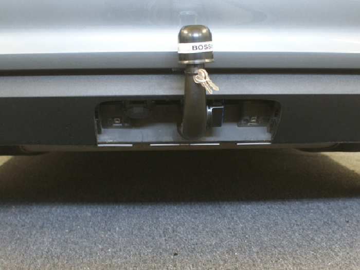 Anhängerkupplung für Audi-A3 5-Türer Sportback, Baureihe 2013-2016  vertikal