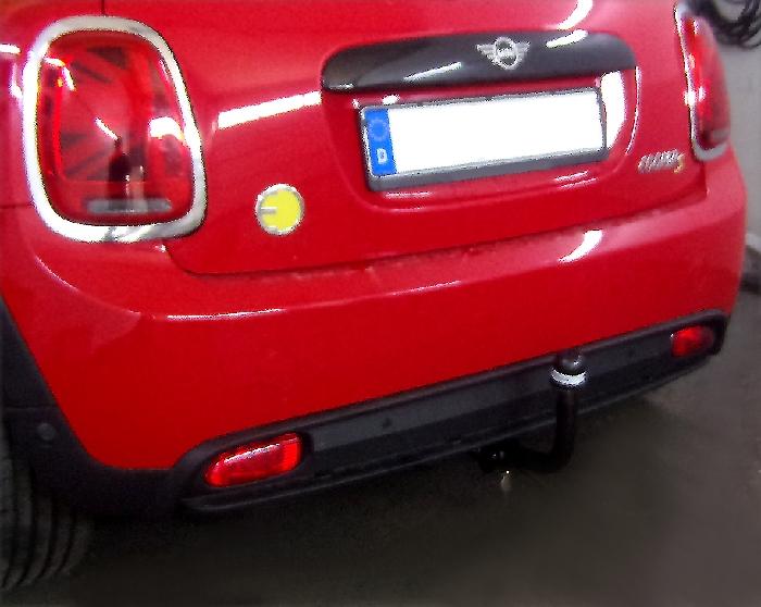 Anhängerkupplung MINI-Cooper SE F56, nur für Heckträgerbetrieb, Montage nur bei uns im Haus, Baureihe 2019- Ausf.:  vertikal
