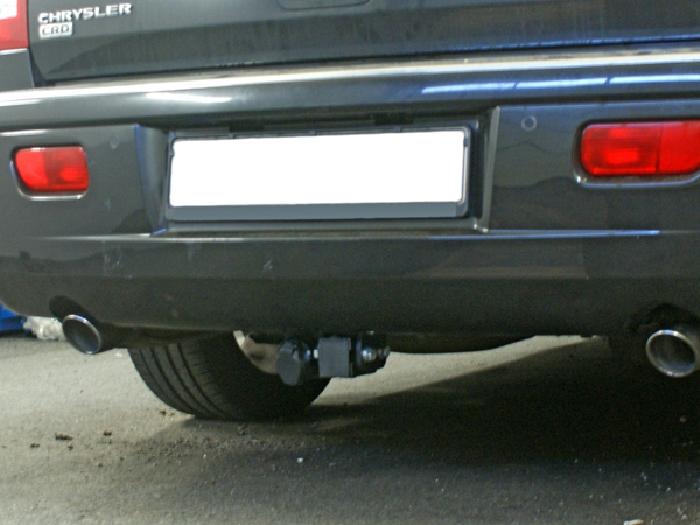 Anhängerkupplung für Chrysler-300C Touring, Baureihe 2004-  horizontal