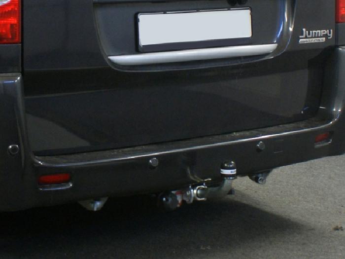 Anhängerkupplung für Fiat-Scudo Kasten/ Bus/ Kombi, Fzg. mit Niveauregulierung, spez. auch mit Einparksensoren- PDC, Baureihe 2007-  horizontal