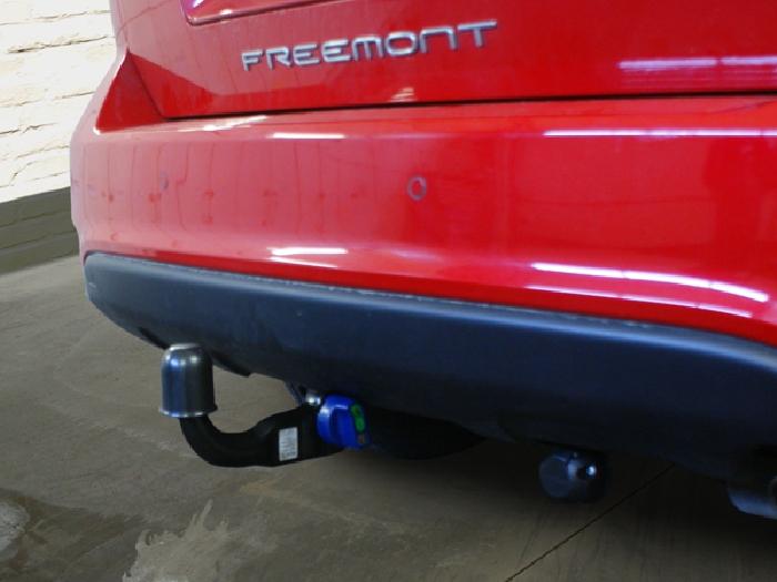 Anhängerkupplung für Fiat-Freemont Cross, Baureihe 2012-  vertikal