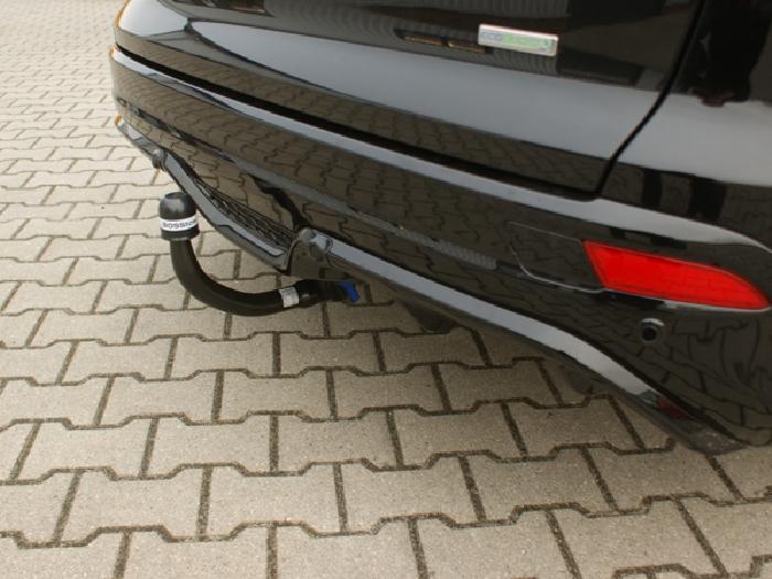 Anhängerkupplung für Ford-Focus Kombi spez. S line, Sport-line, Baureihe 2011-2015  vertikal