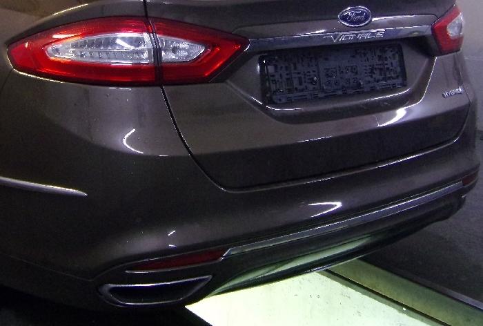 Anhängerkupplung Ford Mondeo Limousine- Vignale, spez. Hybrid, nur für Heckträgerbetrieb, Baureihe 2014-  vertikal