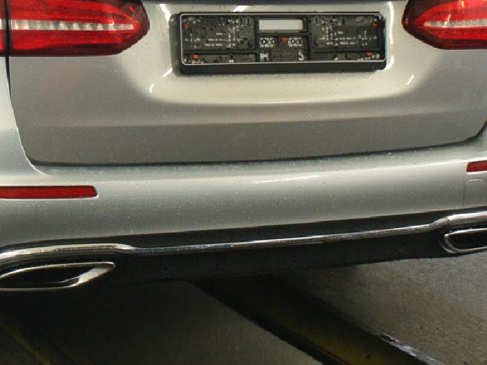 Anhängerkupplung für Mercedes-E-Klasse Kombi W 213, Baureihe 2016-  vertikal