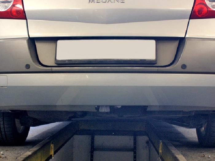 Anhängerkupplung Renault Megane CC, Coupe, Cabrio, auch mit Einparksensoren- PDC_Montage nur bei uns im Haus, Baureihe 2003-2010  vertikal