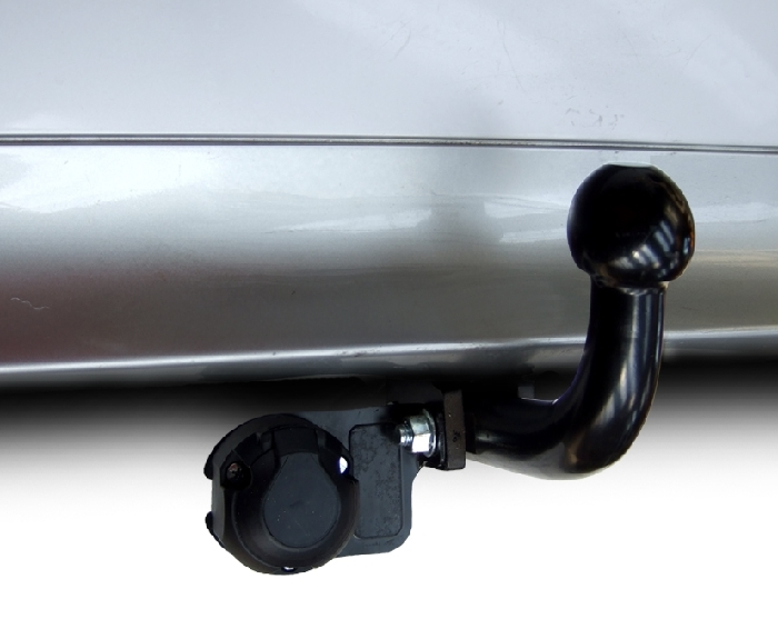 Anhängerkupplung Nissan-Navara D40 mit Rohrstoßstange, Baureihe 2005-2010